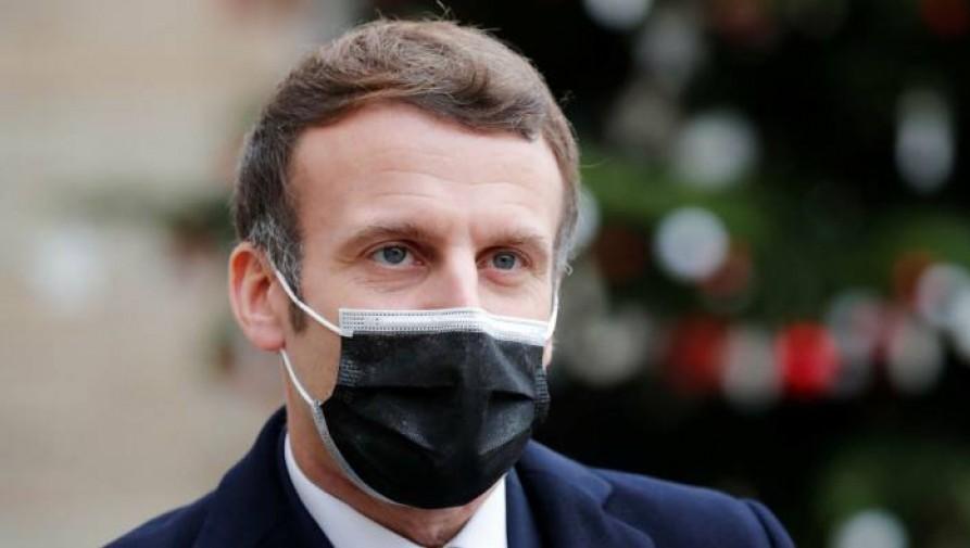 Macron tesztje pozitív lett