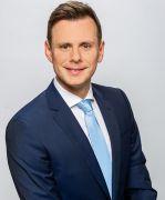 Dr. Kozma Bence